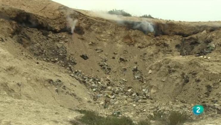 Burning landfil