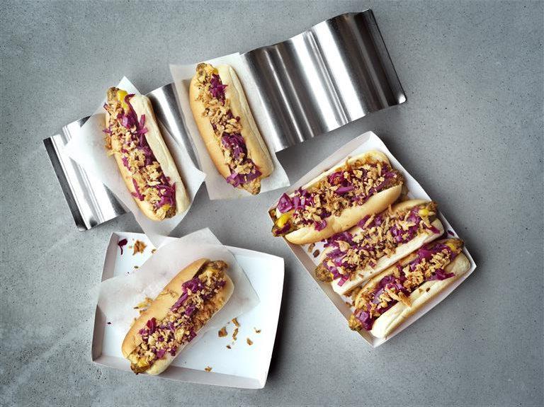 IKEA, hot dog, street food, vegetarian, udržitelnost, párek v rohlíku