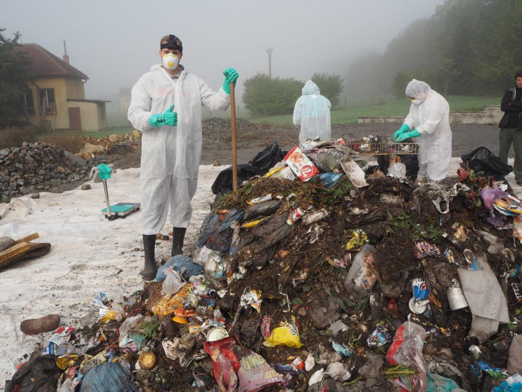 Muž, analýza odpadu