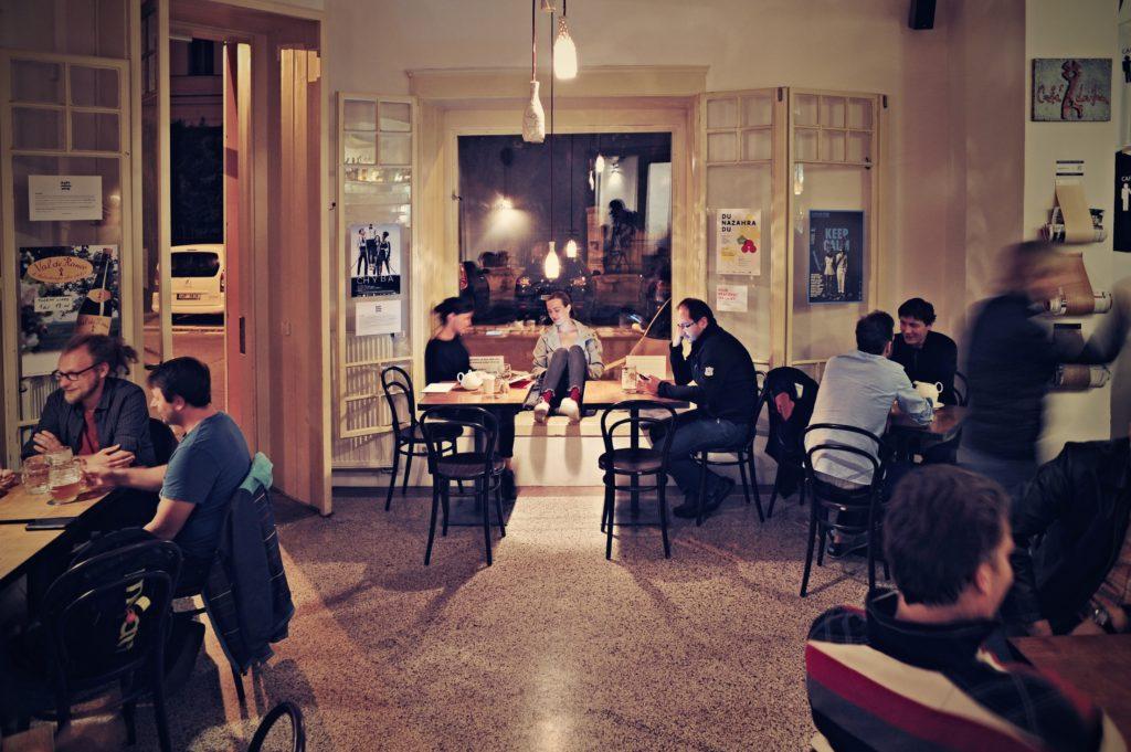 cirkulární kavárny, Lajka