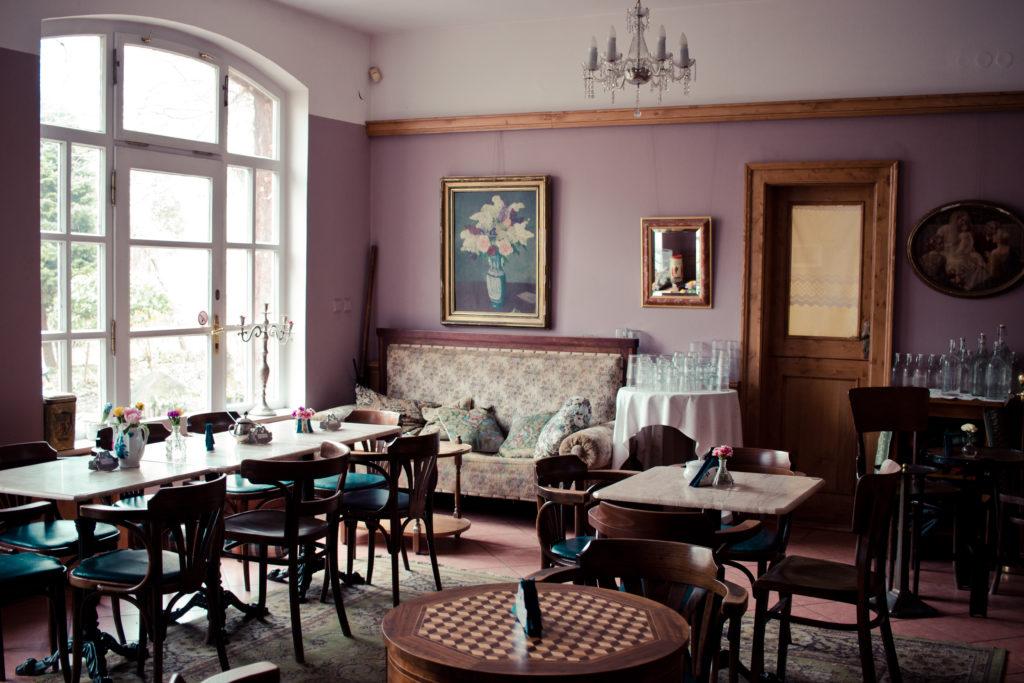 cirkulární kavárny, Alchemista, interiér