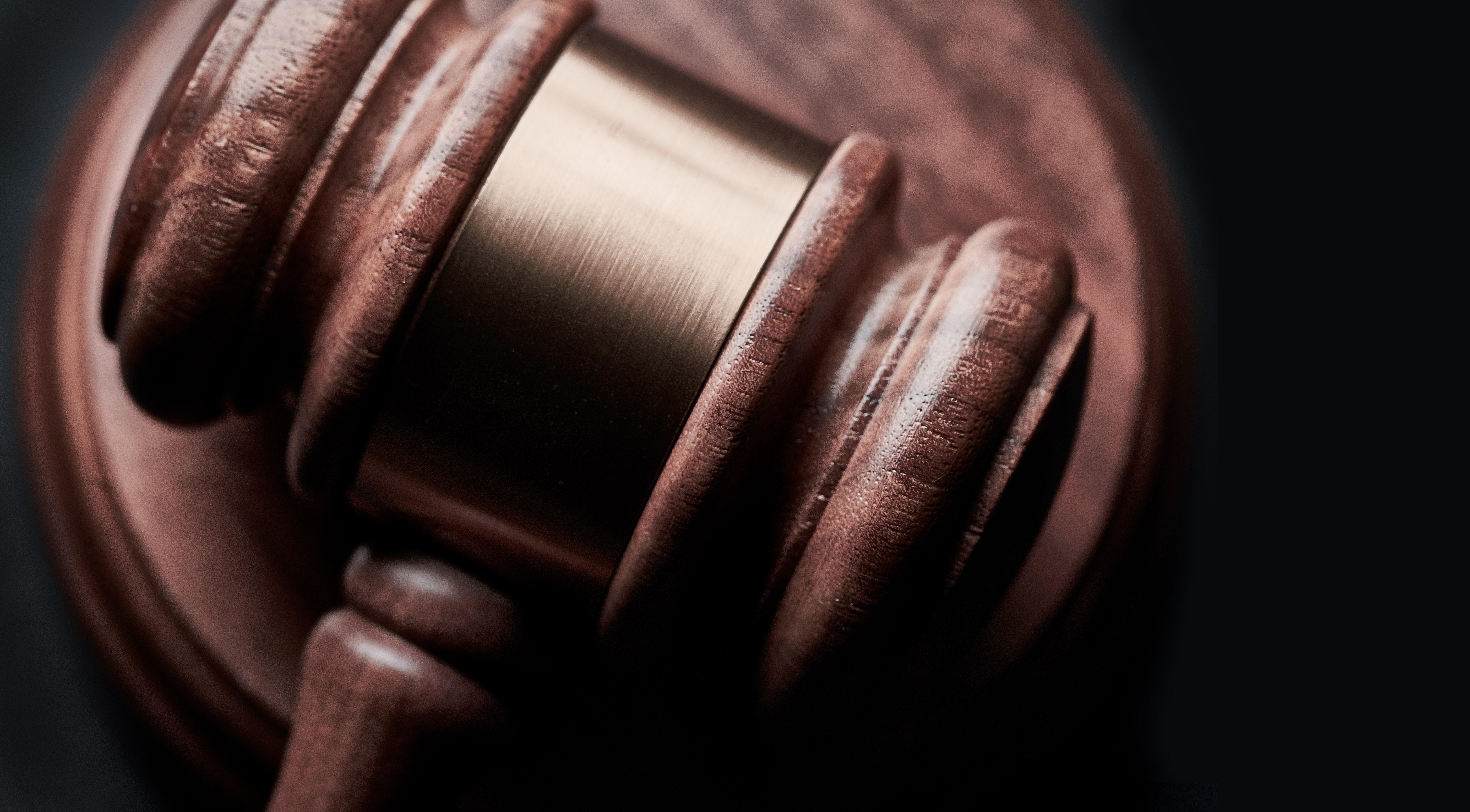 Zákon, ilustrační foto